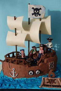 pirate ship cake by Alessandra Cake Designer, via Flickr