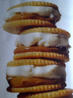 sorry for the crappy pic...but had to pin this!  dulce de leche + vanilla ice cream + ritz crackers = salted caramel ice cream sandwich!
