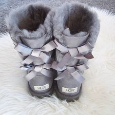 boots uggs Ugg Bow Boots for Sale in Duluth, GA – OfferUp boots uggs Ugg Bow Boots for Sale in Duluth, GA – OfferUp … Ugg Boots With Bows, Ugg Snow Boots, Bow Boots, Cute Boots, Boots For Sale, Ugg Boots Sale, Cowgirl Boots, Western Boots, Riding Boots