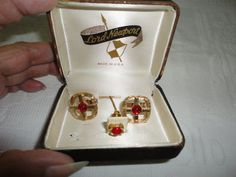 Lord Newport Red Stone Gold Tone Cufflinks by TammysFindings