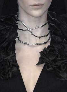 Imagem de rose and thorns