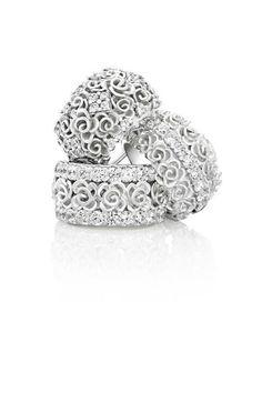 Just love Jenna Clifford's jewelery!