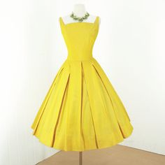 vintage 1950's dress ...sunshiney SUZY PERETTE new york daffodil yellow full skirt pin-up cocktail party dress on Etsy, Sold