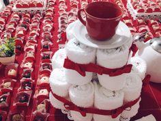 Chá de Panela. Bolo de pano de prato com  xícara. #BoloDePanoDePrato #cháDePanela #Bolo #CháDeCozinha