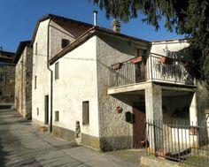 2 Bedroom House In Castel Focognano [199233]   Gate-Away®