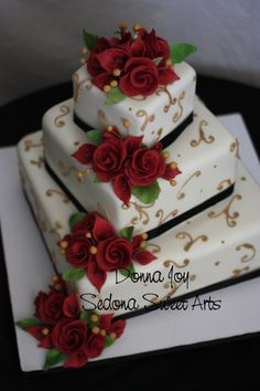 offset Fondant square wedding cake with red roses love but with silver or purple or white frosting design White Square Wedding Cakes, 3 Tier Wedding Cakes, Vegan Wedding Cake, Wedding Cake Roses, Cute Cakes, Pretty Cakes, Beautiful Cakes, Amazing Cakes, Fountain Wedding Cakes