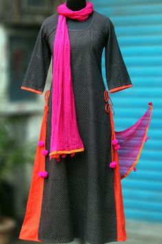 Maati Crafts Black Cotton Anarkali Kurti