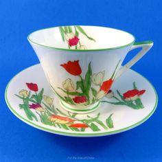 Art Deco Royal Doulton Handpainted Tulips Tea Cup and Saucer Set Cup And Saucer Set, Tea Cup Saucer, Orange Tea Cups, China Tea Sets, Chocolate Cups, Porcelain Mugs, Royal Doulton, Vintage China, Afternoon Tea