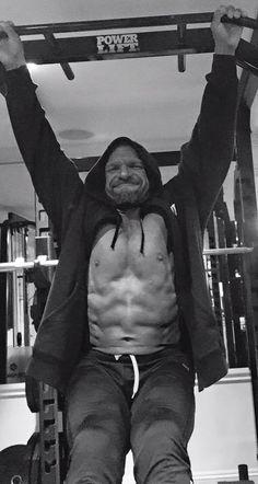 WWE News: Triple H training under Seth Petruzelli - http://www.sportsrageous.com/wwe/wwe-news-triple-h-training-under-seth-petruzelli/14640/