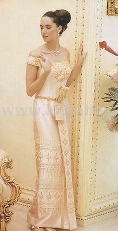 LOVE!!!!!!!! Google Image Result for http://i00.i.aliimg.com/photo/v0/100100206/Thai_Style_Wedding_Dress.jpg