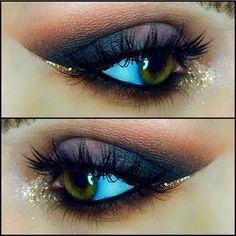 Totally Gorgeous! I'd Love to try this eye makeup look for a nice evening out! #lashes #makeup #eyes #FalseEyelashes #eyemakeup #minkilashes #FakeLashes #lips #FalseLashes #MUA #BlueEyes #red #beauty #beautiful #bold #crease