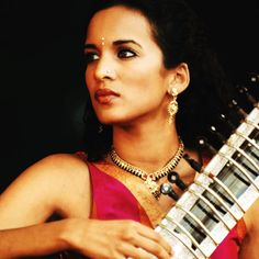 Anoushka Shankar will perform at the Town Hall on April the 5th. With the charm of the sitar and the depth of Indian classical music, it looks like it's gonna be a magical evening. Check out the link in the bio for tickets and more info . . . .