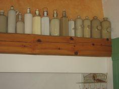 Bouillotes cylindriques ou à facettes en grès avec bouchon latéral ou supérieur