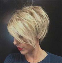 Hübsche Ideen Bob Frisuren 2018 Feines Haar Elegante Frisuren Bob ... #Frisuren #HairStyles Du suchst eine Haarschnitt, die zu Händen dein feines Wolle probat ist? Probieren Sie kurze Bob Frisuren zu Händen feines Wolle. Kurze Bob Haarschni...