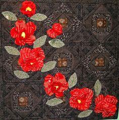 2014 Yokohama International Quilt Week. Camellias,  天間絹子 Kinuko Tenma. Photo by Queenie's Needlework