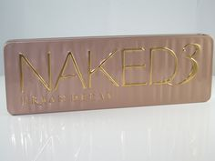 urban decay naked 3 eyes shadow palette