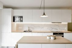 archi renovation kitchen credence in marble Kitchen Design Small, Kitchen Cabinet Design, Interior, Kitchen Remodel, White Modern Kitchen, Home Kitchens, Kitchen Style, Kitchen Renovation, Kitchen Design