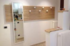 tête lit Ikea Mandal transformée porte-manteau mural patères miroir