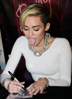 Miley cyrus u need my Big Boner inside your Mouth lick suck your Big Juicy sausage with your Tongue Baby Miley Cyrus Body, Miley Cyrus 2012, Miley Cyrus Style, Hannah Montana, Girl Tongue, Miley Cyrus Pictures, Celebs, Actresses, Beautiful