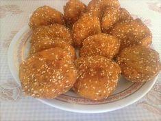 Sajtos cukkinifasírt   giudittak receptje - Cookpad receptek Pretzel Bites, Food Styling, Cake Recipes, Almond, Good Food, Bread, Dinner, Ethnic Recipes, Cakes