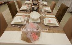 Visual Merchandising: Minimal Tablescape Decoration