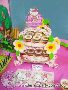 Mesa dulce Hello Kitty Sweet table