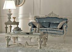 kursi tamu sofa design mewah dipadu dengan ukiran cantik dibalut finishing warna silver yang mempesona ini cocok untuk ditempatkan pada ruang tamu anda.