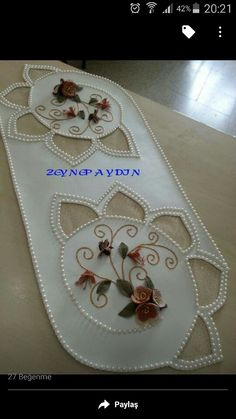 This post was discovered by Nu Ribbon Embroidery, Embroidery Stitches, Embroidery Designs, Ribbon Crafts, Felt Crafts, Handmade Crafts, Diy And Crafts, Leather Tutorial, Burlap Table Runners