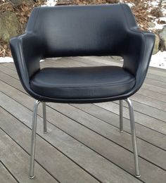Olli Mannermaa Tehokaluste Oy Armchair in Watertown, Massachusetts ~ Krrb Classifieds Chair Design, Furniture Design, Love Chair, White Paints, Modern Chairs, Home And Living, Mid-century Modern, Armchair, Upholstery