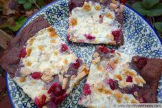 www.farmfreshfeasts.com/2013/06/berry-crust-pizza-with-cranberry.html