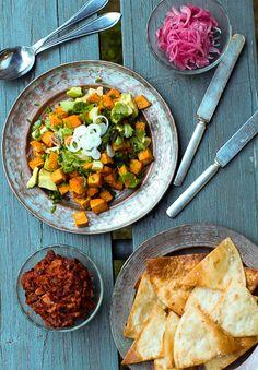 Sweet potato salad. http://www.jotainmaukasta.fi/2013/09/13/meksikosta-paivaa/