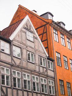 City-guide de Copenhague: toutes mes bonnes adresses Vintage Buffet, Odense, Guide, Multi Story Building, Louvre, Travel, Viajes, Display, Backgrounds