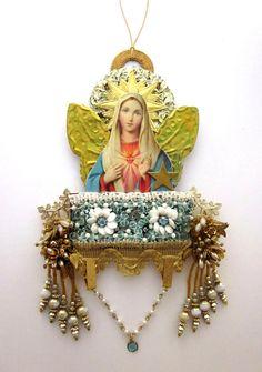 Religious Art Assemblage Mixed Media Art by JeepersKeepers on Etsy Religious Icons, Religious Art, Art Altéré, Les Religions, Altar Decorations, Mexican Folk Art, Mexican Crafts, Catholic Art, Assemblage Art