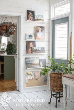 Art studio interior display 30 new Ideas Home Art Studios, Art Studio At Home, Art Studio Decor, Art Studio Room, Studio Spaces, Home Office, Picture Ledge, White Picture, Creative Arts Studio