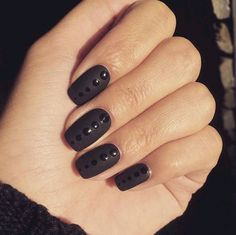 22 Black Nails That Look Edgy and Chic - Awesome glossy dots on matte nails. More