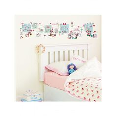 Minnie Mouse Stick a Story Wall Stickers - 100 pieces: