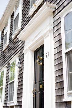 Snapshots from Nantucket - Kelly in the City Coastal Style, Coastal Living, Cottage Living, Nantucket Cottage, Nantucket Beach, Nantucket Style, Grey Houses, Black Doors, Coastal Farmhouse
