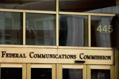 Court Strikes Down Federal Rules Supporting Local Broadband