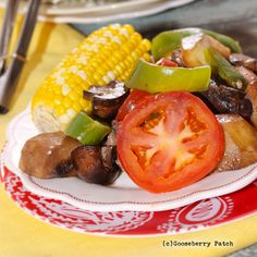 Gooseberry Patch Recipes: Picnic in a Pan from 150 Backyard Cookout Recipes Cookbook Backyard Cookout, Cookout Food, Bacon On The Grill, Cooking On The Grill, Grilling Recipes, Pork Recipes, Easy Recipes, Cookbook Recipes, Cooking Recipes