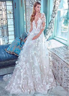 Charming Lace Bateau Neckline A-line Wedding Dresses With 3D Flowers