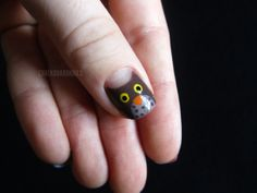 Chalkboard Nails: Owl