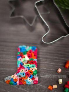 :: zweimalB :: Eine Reise durch das Keksuniversum -  bunter Perlenmix für Anhänger aus Bügelperlen