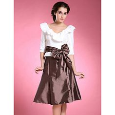 Lanting Bride A-line Plus Size / Petite Mother of the Bride Dress Knee-length Half Sleeve Taffeta with Bow(s) / Sash / Ribbon – USD $ 79.99