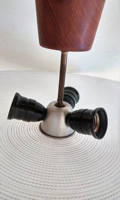 Van oude dingen » plafonnière jaren '60 VERKOCHT Desk Lamp, Table Lamp, Bauhaus, Eames, Art Deco, Lighting, Home Decor, Table Lamps, Decoration Home