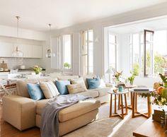 2_Salón, comedor y cocina office en un mismo espacio en tonos blancos y beige_00429024