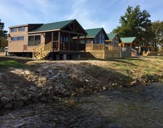Lots of different styles of park homes to choose from! #tinyhomes
