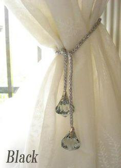 カーテンタッセル・ブラック Curtain Tie Backs Diy, Curtain Ties, Shabby Chic Curtains, Bed Curtains, Home Room Design, Interior Design Living Room, Ramadan Decoration, Curtain Holder, Ranch Decor