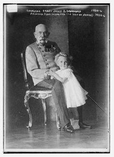 L'empereur Franz Josef Ier d'Autriche et l'archiduc Franz Josef Otto (1910-1915, Library of Congress, Washington D.C.)