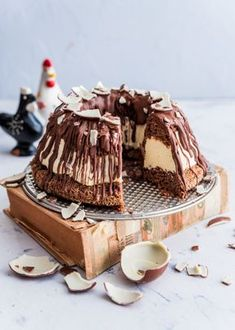 Kinderkakku rengasvuoassa - Perinneruokaa prkl Sweet Recipes, Cake Recipes, Savory Pastry, Sweet Pastries, Little Cakes, Piece Of Cakes, Sweet Cakes, Coffee Cake, Yummy Cakes