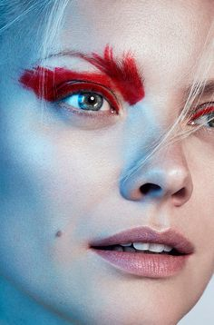 Fire & Ice beauty story captured by fashion photographer Frauke Fischer for the latest edition of Maxima Magazine features the gorgeous Franziska Knuppe